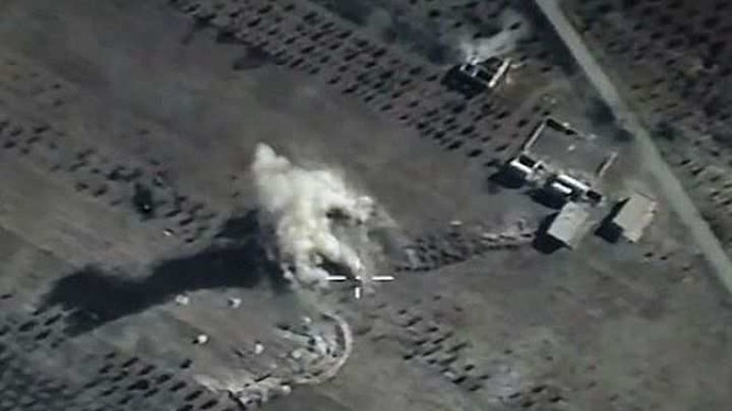Quân đội Syria ồ ạt tấn công, không quân Nga giảm cường độ xuất kích