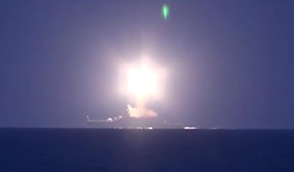 Nga bắn Kalibr trên 1.000 dặm từ biển Caspian vào Syria thế nào?