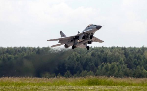 Không quân Syria cùng máy bay Nga không kích dữ đội khủng bố