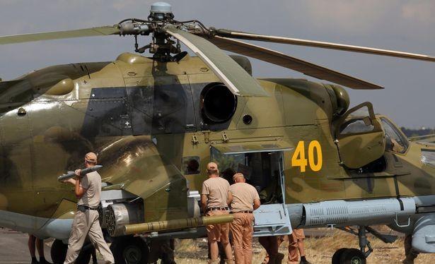Đột nhập căn cứ không quân Nga ở Syria