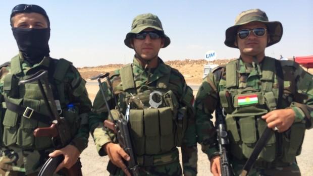 Hàng loạt chiến binh IS nộp mạng trước mũi súng người Kurd