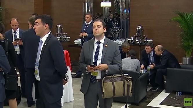 RT quay lén cuộc gặp Obama và Putin bên lề hội nghị G20