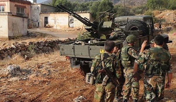 Dồn dập tấn công, quân đội Syria đẩy IS vào hoảng loạn