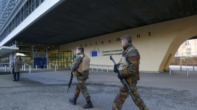 Bỉ hai ngày bị bắt giữ 21 nghi can khủng bố