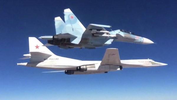 Không quân Nga ồ ạt không kích cắt nguồn sống của IS