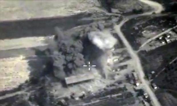 Cận cảnh chiến dịch cắt nguồn sống của IS
