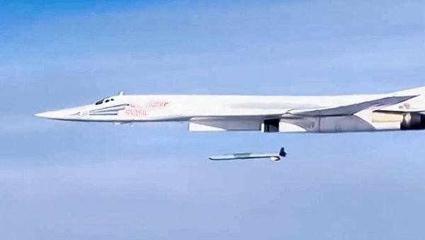 Video: những cảnh quay đẹp Tu-160 phóng tên lửa hành trình ở Syria