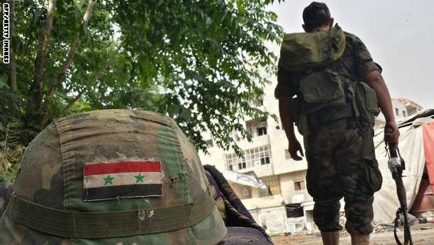 Quyết liệt tấn công, quân đội Syria buộc IS phải tháo lui