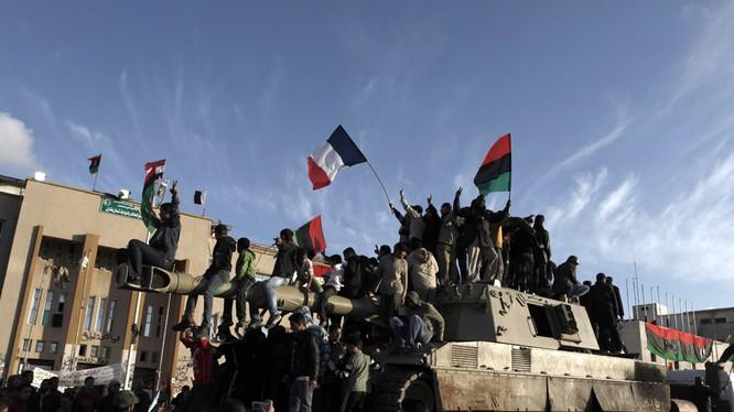 Nóng: Tripoli có thể sẽ yêu cầu Nga không kích IS ở Libya