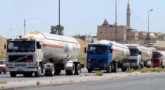 Xe bồn của Thổ Nhĩ Kỳ chở dầu cho IS