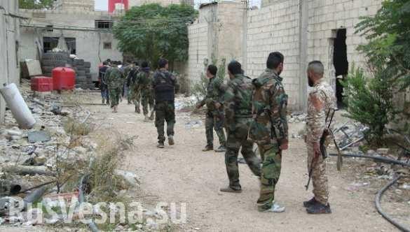 """Syria: Hàng ngàn chiến binh khủng bố """"giã từ vũ khí"""""""