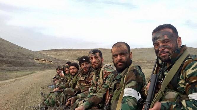 Chùm video chiến sự Syria trong ngày cuối tuần