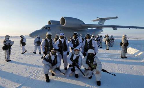 Video: Quân đội Nga huấn luyện chiến đấu ở vùng Bắc Cực