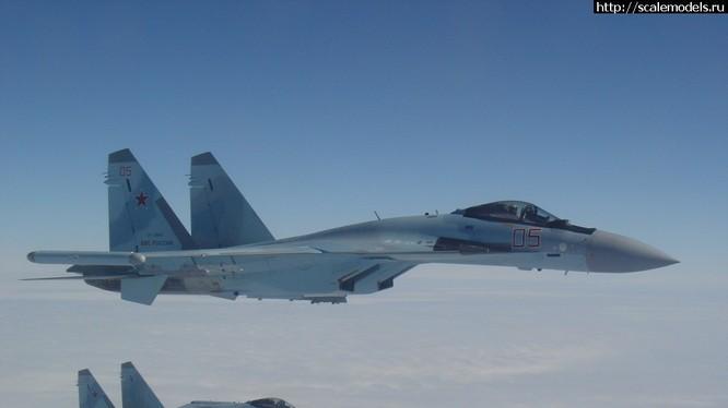 Su-35S, vật thể bay ngoài hành tinh ở Syria