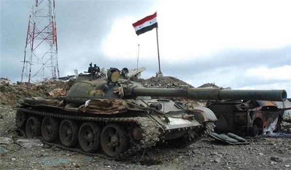 Quân đội Syria chia cắt lực lượng IS với miền Đông tỉnh Homs