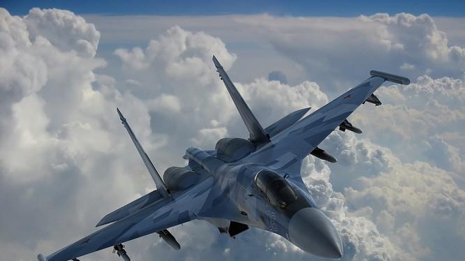 Tổng quan tình hình phát triển vũ khí trang bị Nga năm 2015