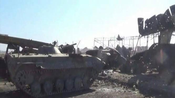 IS tấn công vào sân bay Deir Ezzor thất bại, nộp mạng 30 tay súng khủng bố