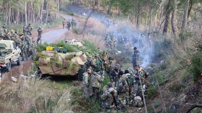 Lữ đoàn biệt kích 103 đánh chiếm Jabal Al-Qamou Đông Bắc Latakia