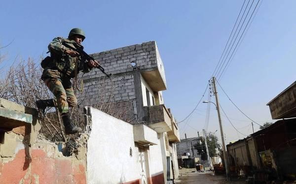 Lực lượng Tigers tấn chiếm làng Abu Al-Karouz, Đông Nam Aleppo