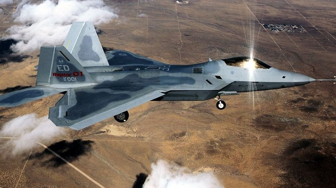 Triển khai siêu tiêm kích F-22 chống IS là phi thực tế và vô nghĩa