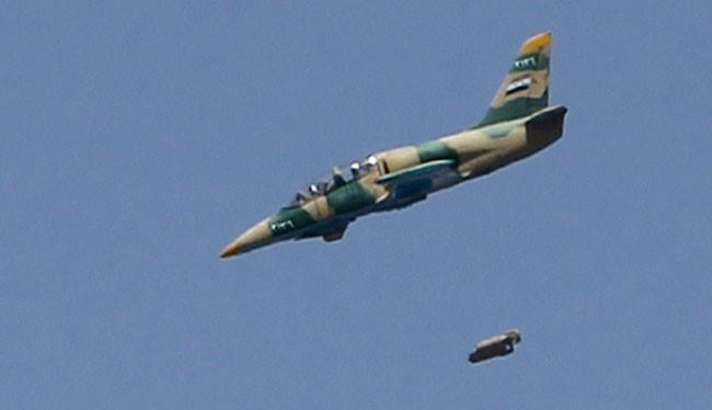Không quân Syria tấn công căn cứ quân sự IS ở tỉnh Raqqa