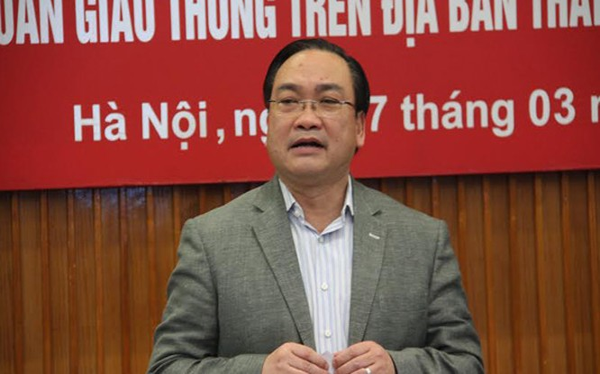 Bí thư Thành ủy Hoàng Trung Hải cảnh báo giao thông trên địa bàn Hà Nội đang ở mức báo động.