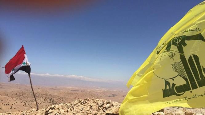 Lữ đoàn 120 và lữ đoàn 81 tấn công trên vùng núi Qalamoun tỉnh Damascus