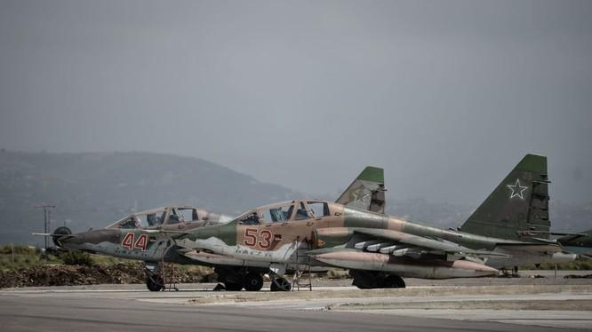 Ngày làm việc của các phi công Nga ở căn cứ không quân Hmeymim