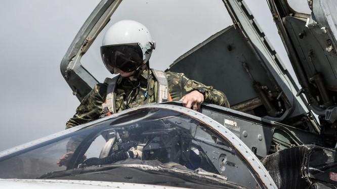 Đội bay đầu tiên của không quân Nga rời Syria