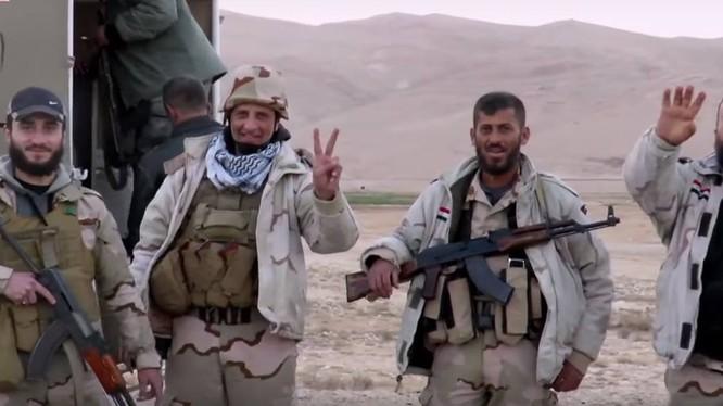 Lực lượng Tigers tấn công dữ dội vào tuyến phòng thủ ngoại vi Palmyra