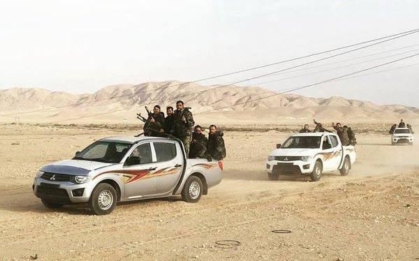 Tiếp tục tấn công quân đội Syria cô lập hai thành phố Qaryatayn và Palmyra