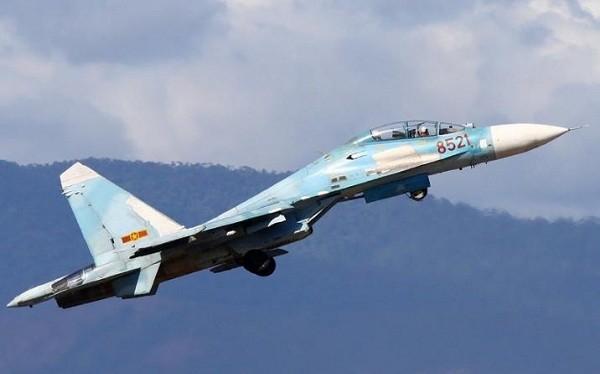 """Choáng với """"hổ mang chúa"""" Su-27 Việt Nam"""