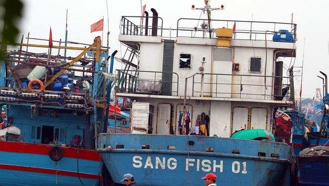 Đi 10 chuyến hỏng 4 lần, ngư dân trả lại tàu vỏ thép