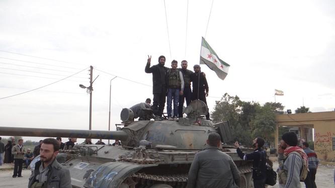 Quân đội Syria bất ngờ thất bại ở trại tị nạn Handarat