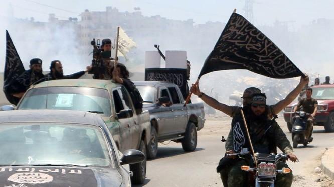 Al- Nusra tăng cường hàng trăm tay súng chiến đấu với Hezzbollah, Vệ binh Cộng hòa Iran