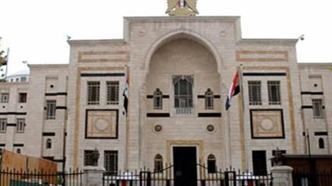 Syria tiến hành bầu cử quốc hội trong chiến tranh và tạm ngừng bắn