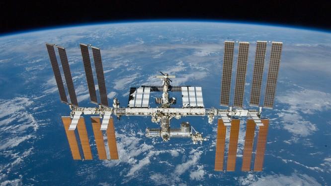 Phi hành đoàn ISS gửi lời chúc đến các bạn trẻ Việt Nam