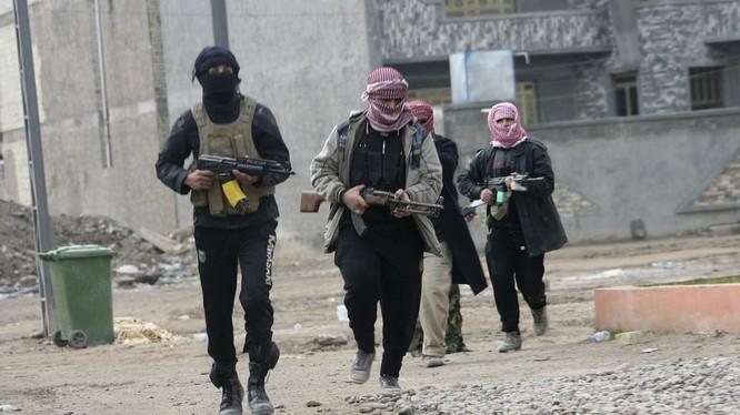 Al Nusra, FSA bất ngờ tấn công và nộp mạng 9 tay súng