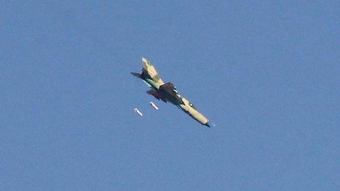 Không quân Syria không kích trên thành phố Deir Ezzor