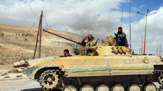 Quân đội Syria bẻ gãy cuộc tấn công của Harakat Ahrar al-Sham, diệt 25 tay súng (Video)