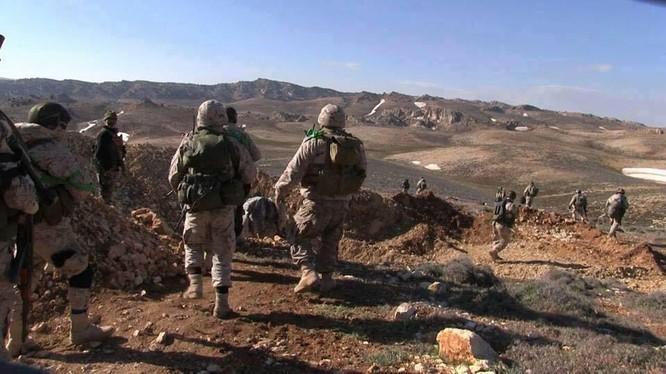 Quân đội Syria diệt hàng chục tay súng IS trên vùng núi Qalamoun