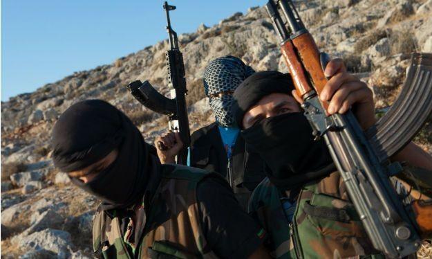 Video: Cái chết của binh sĩ Syria người Sunni trong tay Hồi giáo cực đoan
