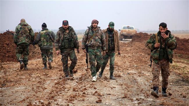 IS tấn công dọc đường quốc lộ Homs-Palmyra, bao vây thành phố cổ
