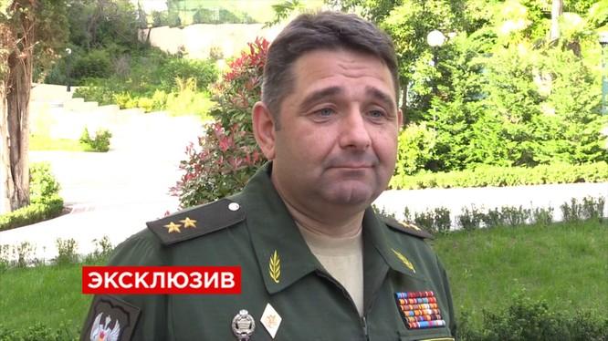 UAZ không thay đổi thiết kế xe vì tướng Nga quá lực sĩ
