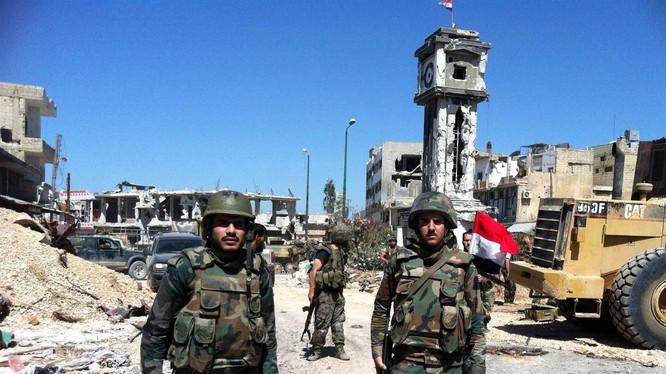 Lữ đoàn 102 Vệ binh Cộng hòa đánh chiếm thị trấn chiến lược Deir Al-'Assafir