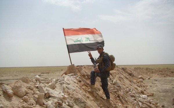 Quân đội Iraq đánh chiếm cửa khẩu Trabil trên biên giới Iraq – Jordan