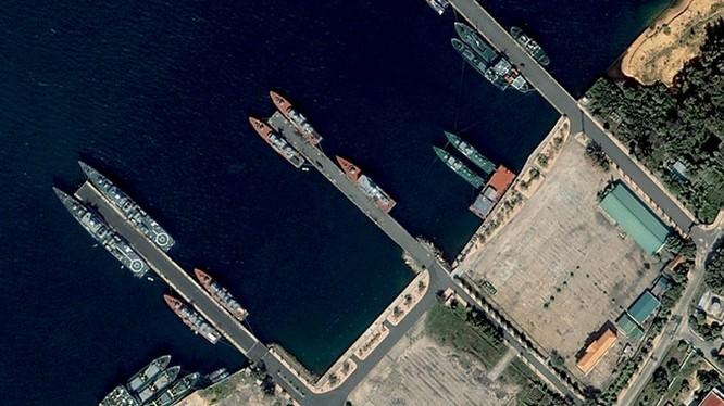 Cảng Cam Ranh nhìn từ vệ tinh