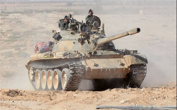 Lực lượng Diều hâu Sa mạc phối hợp với Hải quân đánh bộ, không quân Nga - Syria tấn công IS