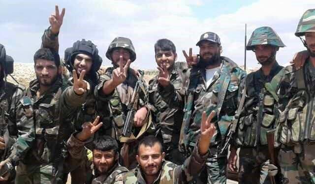 Quân đội Syria tái chiếm lại đồi Tal Sawanah, gần mỏ khí al-Sha'ar
