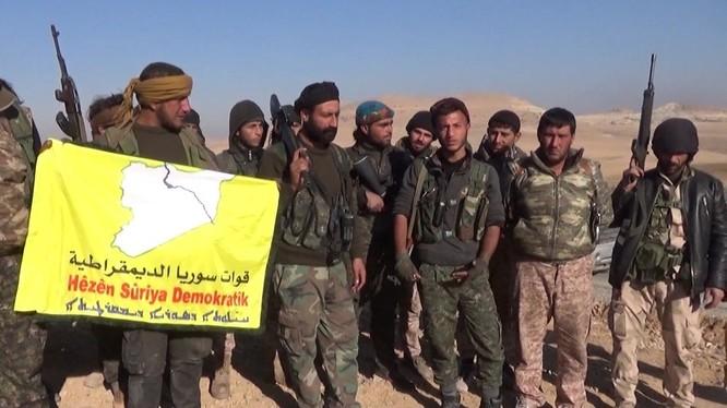 Lực lượng Dân chủ Syria giải phóng một làng khác trên tỉnh Raqqa